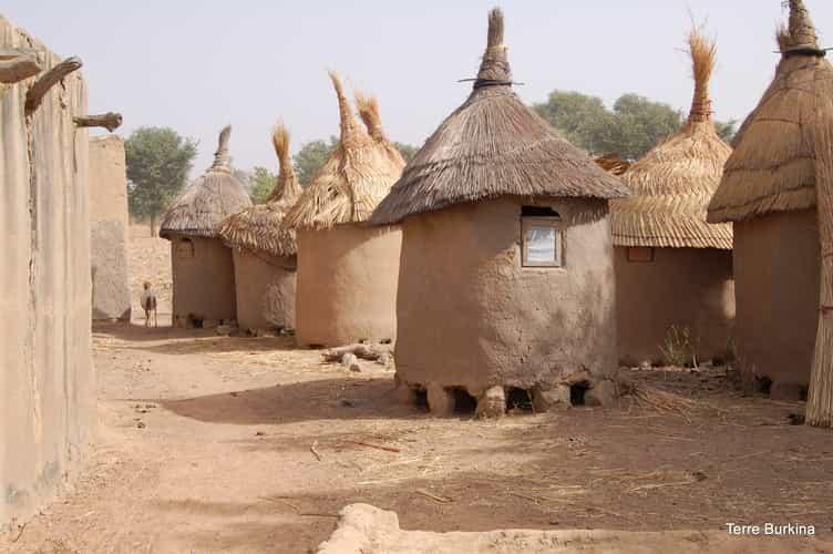 Photo village